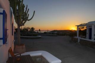 facilities stavroula studios sunset