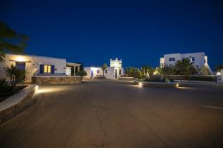 stavroula luxurious studios complex area