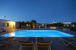 stavroula luxurious studios on mykonos island