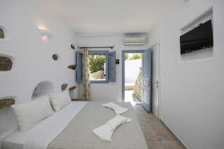 traditional double room stavroula room