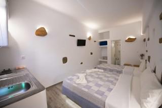 traditional studio stavroula bedroom